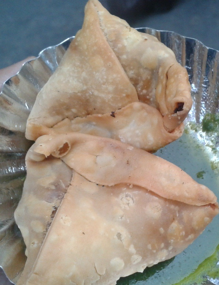 Old famous Mutter Samosa